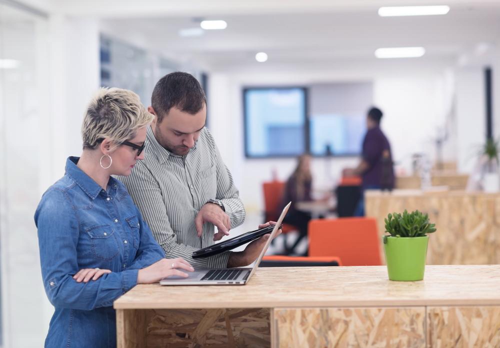 Providing performance feedback new manager skill