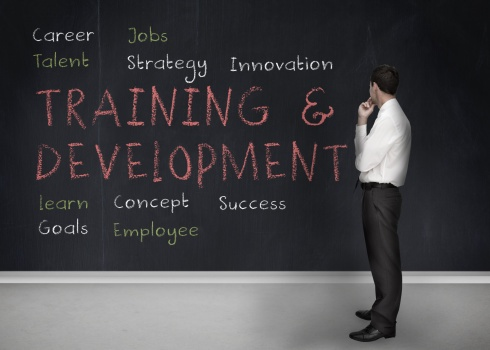 Selecting the best management training program for your company starts with these 4 steps.